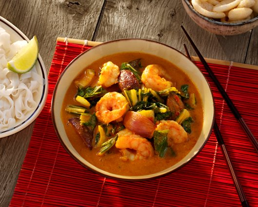 Red Thai prawn curry with pak choi and lime