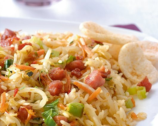 Stir fried nasi with lime and bacon