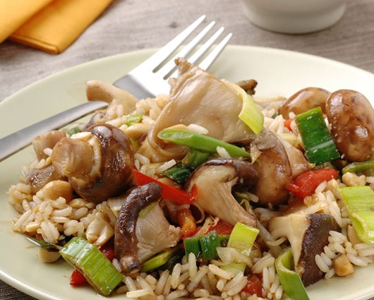 Sweet soy rice with, mushrooms, stir-fry vegetables and peanuts