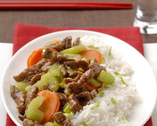 Teriyaki beef strips with crispy carrot and celery